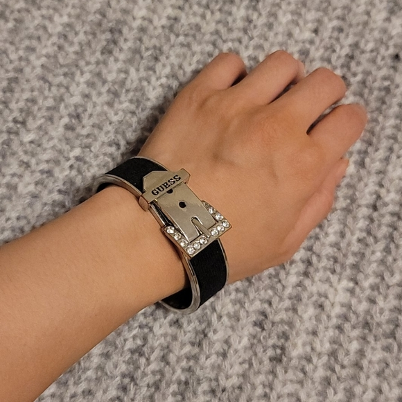 Black Guess Buckle Bracelet Bangle
